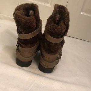Carlos fur boots